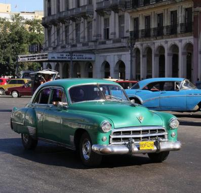 classic_car_tour_of_cuba-1