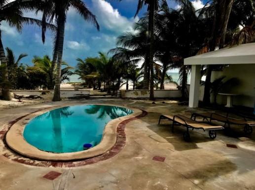 Uaymitun Beach House-3 Seaside patio
